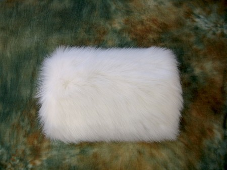 Ivory Faux fur winter wedding muff FM002_Ivory