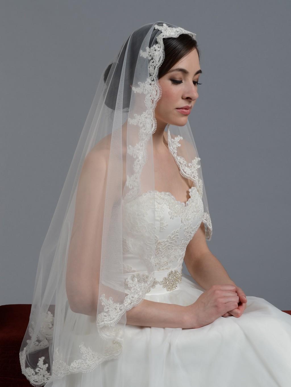 Bridal Mantilla Veil Elbow Alencon Lace V027e White Ivory