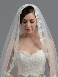 Bridal wedding veil ivory elbow / fingertip alencon lace V036