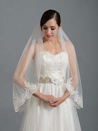 Ivory elbow alencon lace wedding veil V037