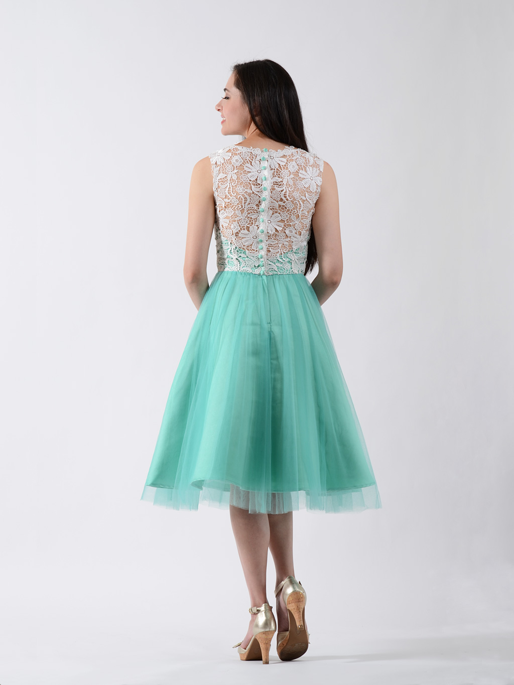 Lace bridesmaid dress emerald