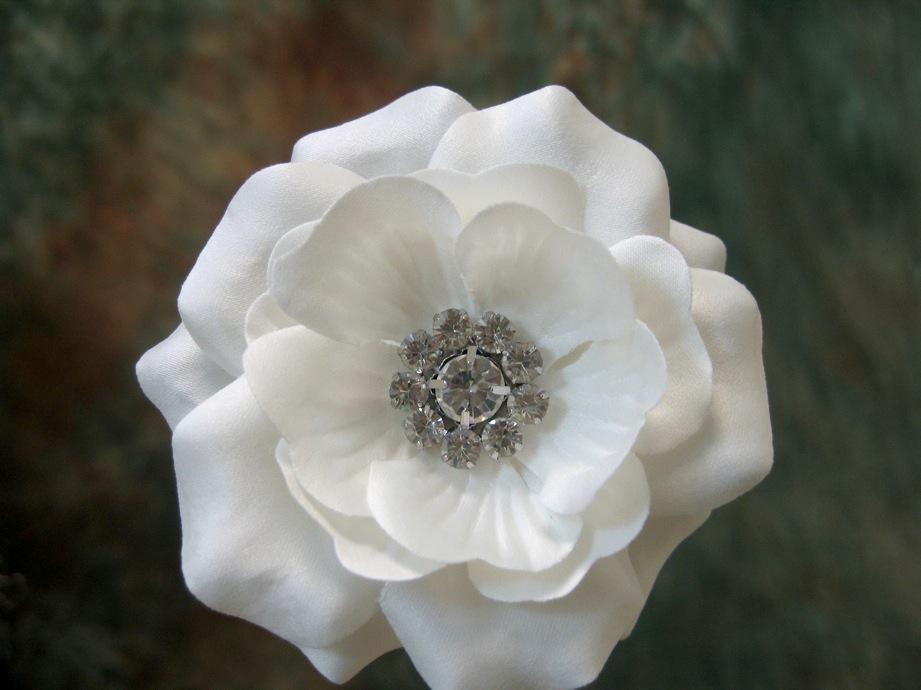 Birdcage veil fascinator wedding hair flower clip white and ivory mightylinksfo