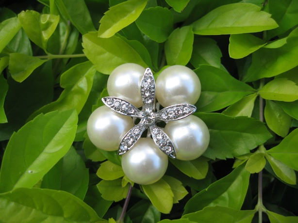 3 pcs of Sparkling Crystal pearl Buttons PB001