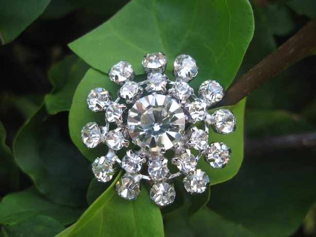5 pcs of Sparkling Crystal Rhinestone Buttons RB002