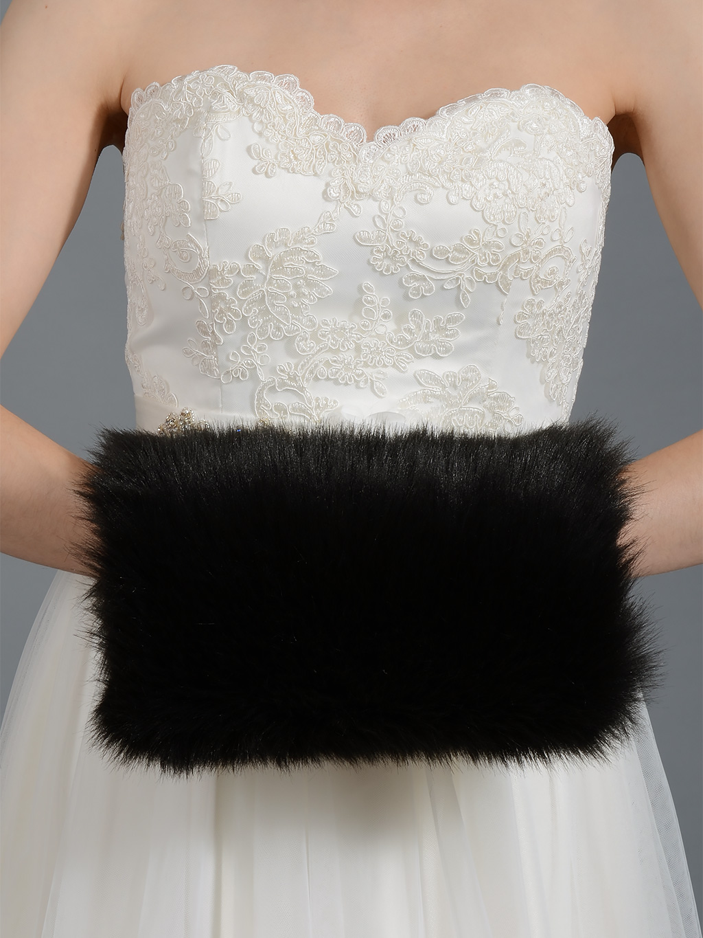 Black Faux fur muff FM002_Black