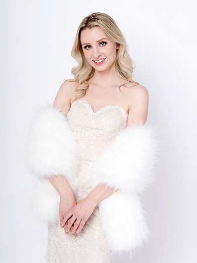 White faux fur wrap B005-white