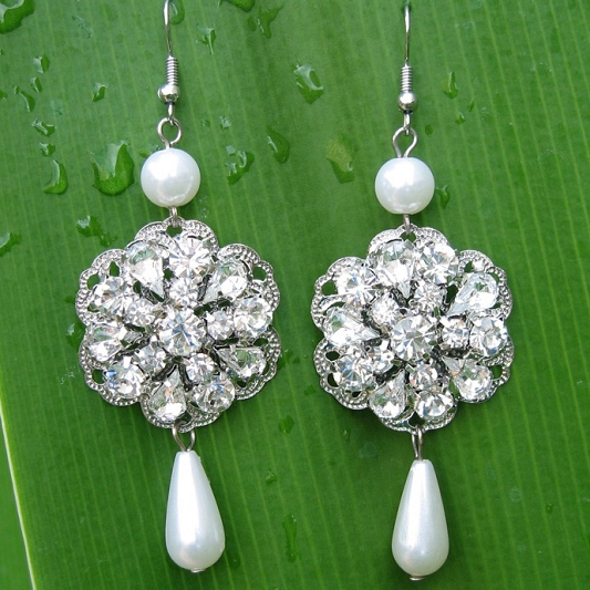 Sparkling Rhinestones earrings Earring_004
