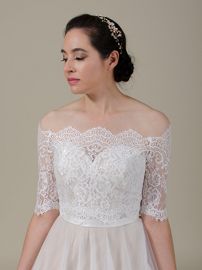 Off-Shoulder Chantilly Lace Bolero WJ047