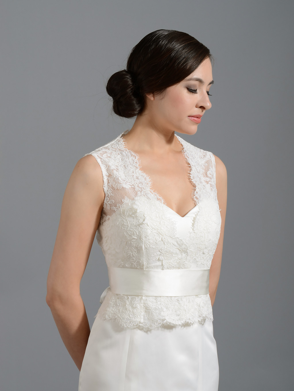 Front open Ivory Lace jacket Bridal Bolero
