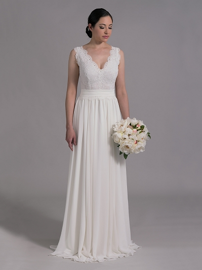 Ivory sleeveless lace wedding dress with chiffon skirts 4012