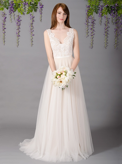 Sleeveless lace wedding dress with tulle skirts 4034