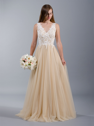 Sleeveless lace wedding dress with tulle skirts 4041