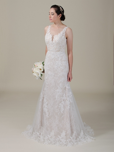 Fit and flare lace wedding dress 4060