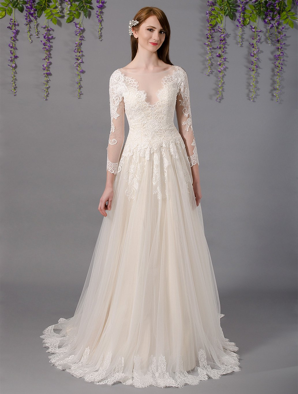 Long sleeve lace wedding dress with alencon lace 4031