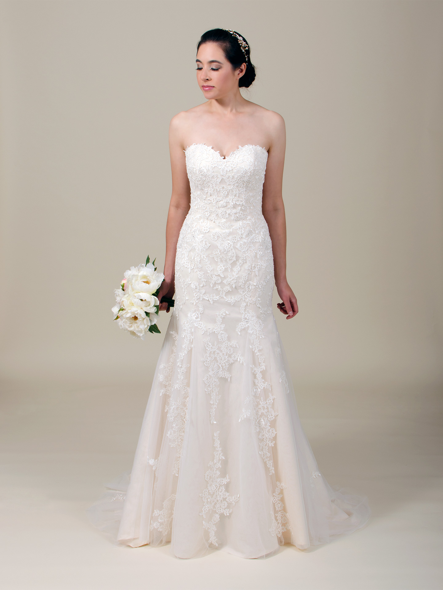 Strapless lace wedding dress 4063