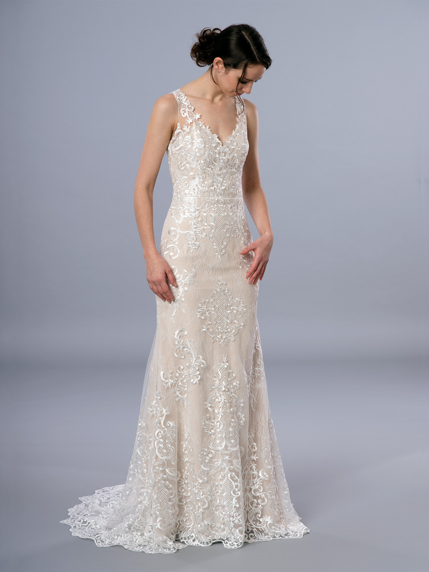Sleeveless lace wedding dress 4068