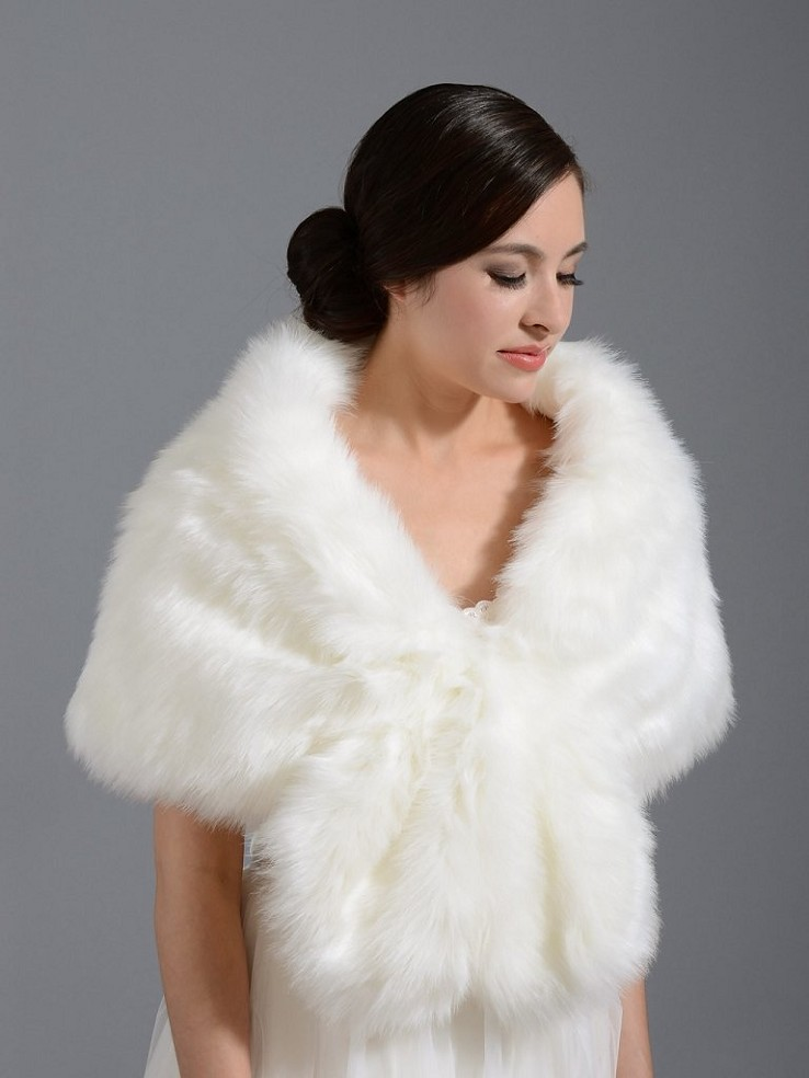 Faux fur wrap bridal shrug stole shawl cape A001