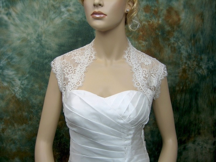 Ivory sleeveless bridal lace bolero jacket Lace_061_Ivory