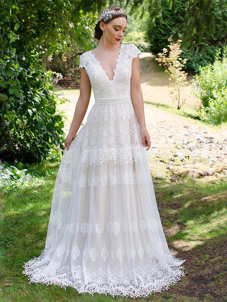 Boho lace wedding dress 5001 Lace Hippie Wedding Dress