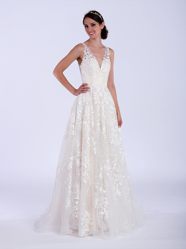 Lace wedding dress 4079 with sequins