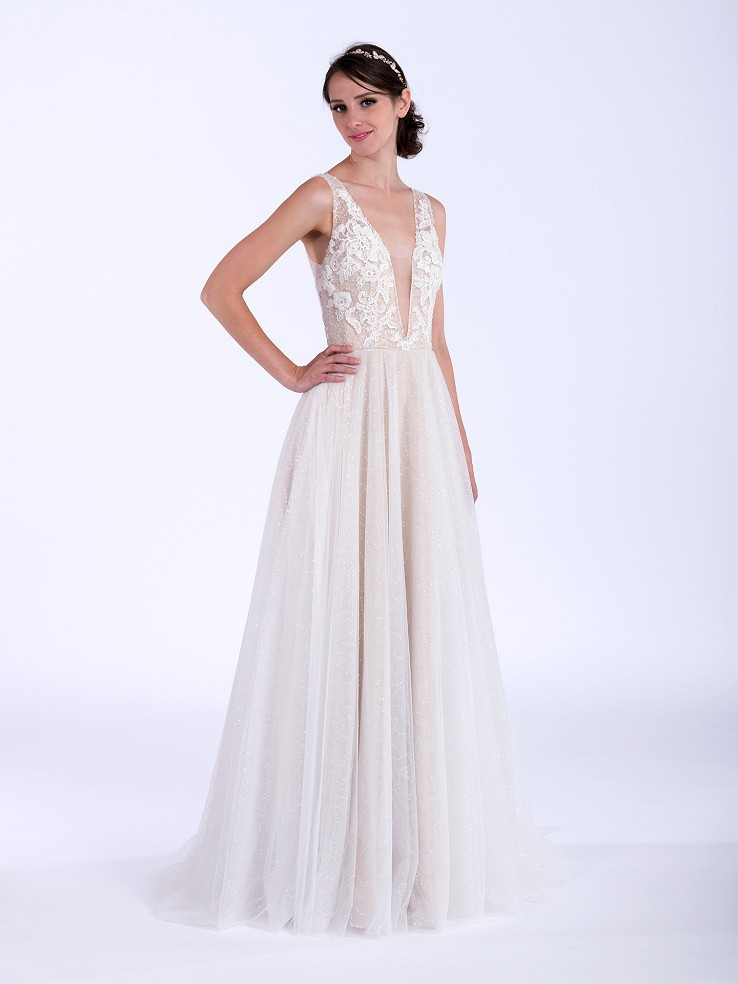 Sleeveless beaded wedding dress 4082